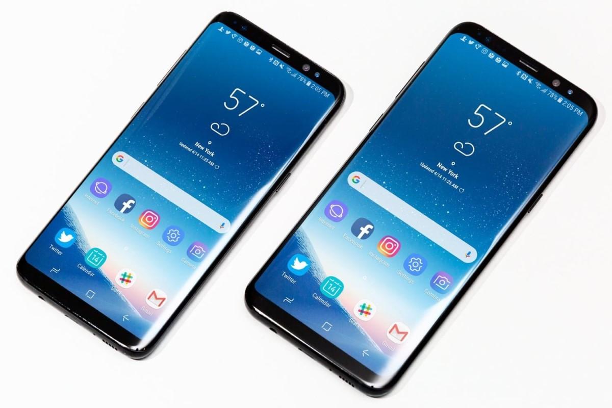 Samsung представила свой первый смартфон с тройной основной камерой