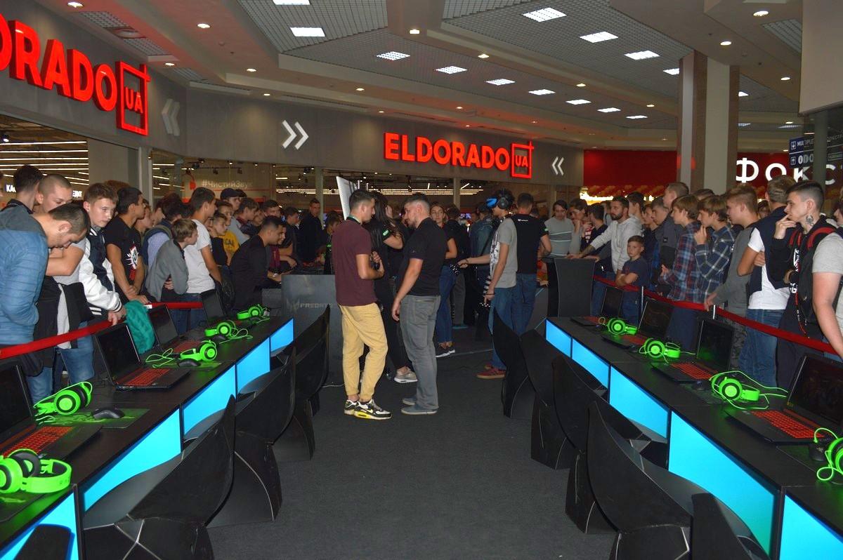 Турнир проходил на 10 компьютерах