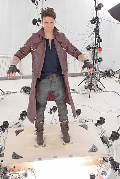 Модель в куртки Данте