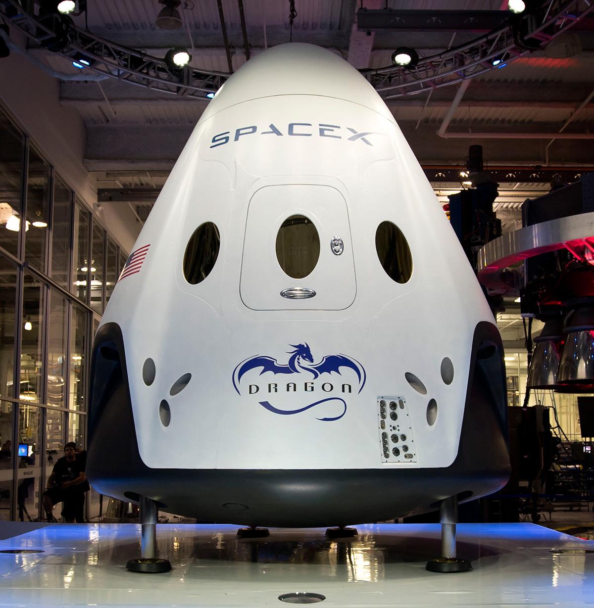 Полет Crew Dragon без экипажа к МКС состоится в начале следующего года