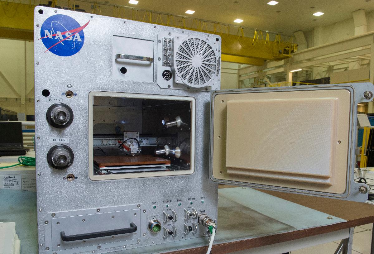 Refabricator будет создавать инструменты из космического мусора