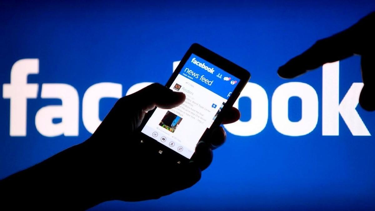 Cambridge Analytica покупала данные пользователей Facebook без их согласия