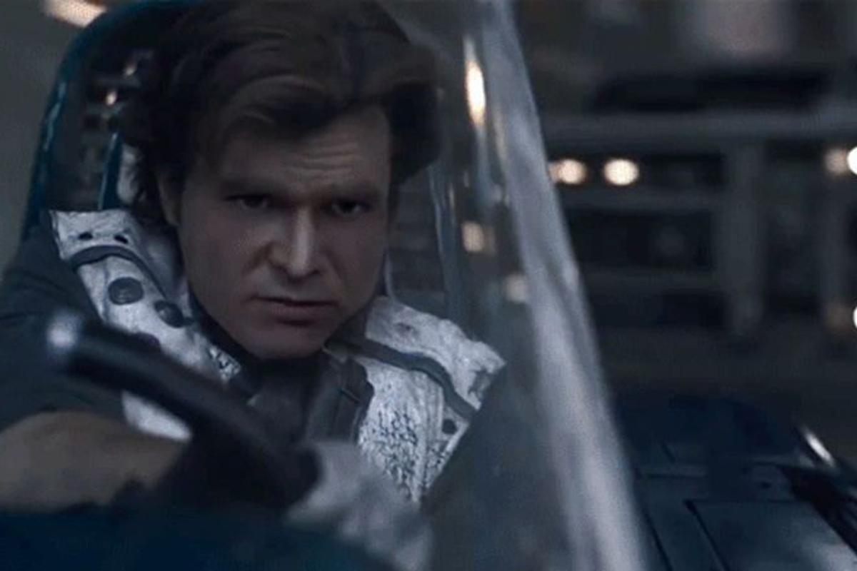 Лицо молодого актера, сыгравшего Хана Соло в новом фильме по «Звездным войнам», заменили на лицо настоящего Харрисона Форда
