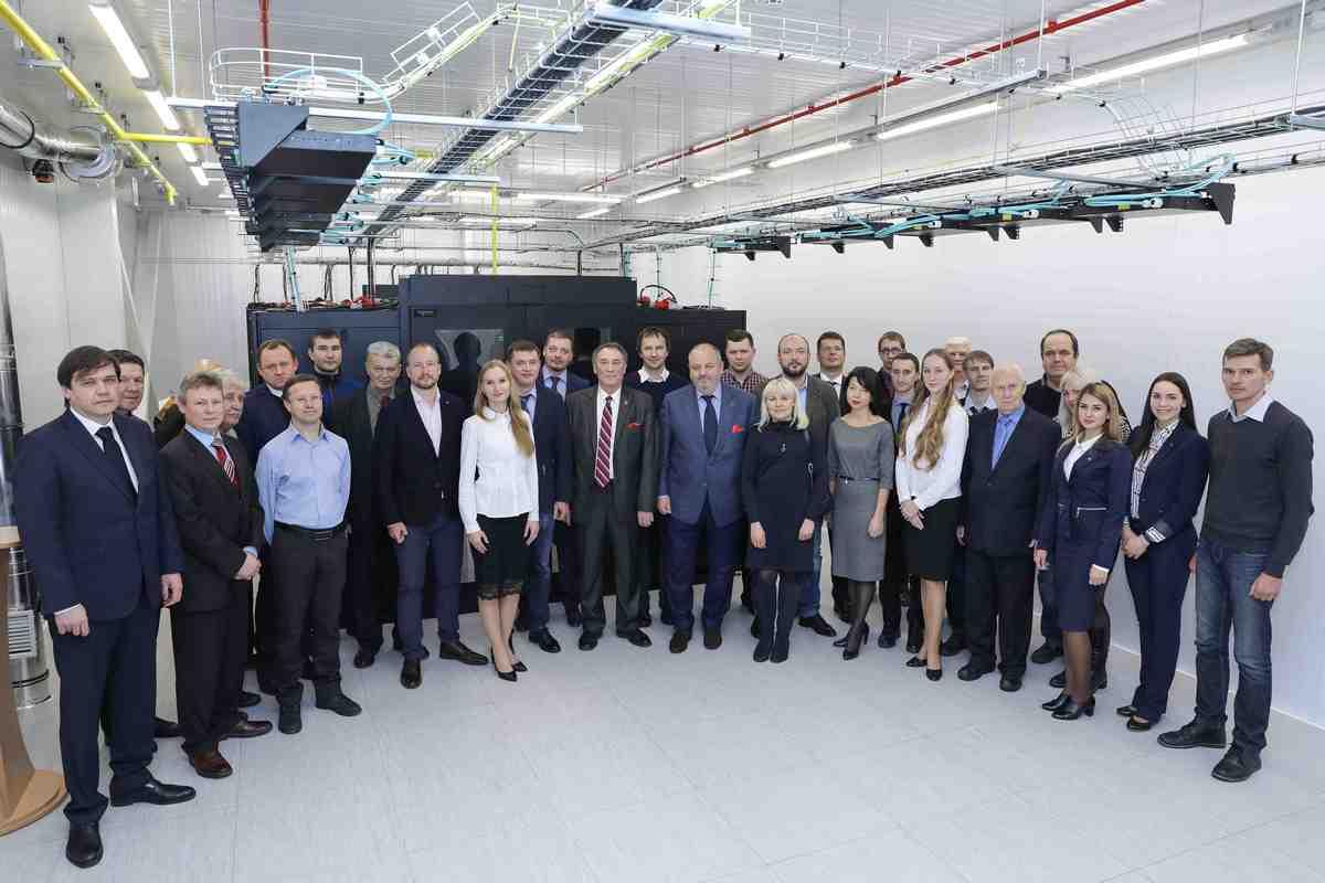 На открытии присутствовали руководители предприятий – стратегических партнеров КБ «Южное» и представители всех участников проекта