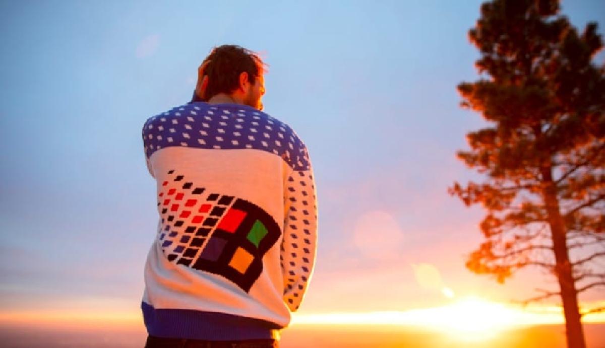 """За продажи """"уродливого свитера"""" в Microsoft не волнуются"""