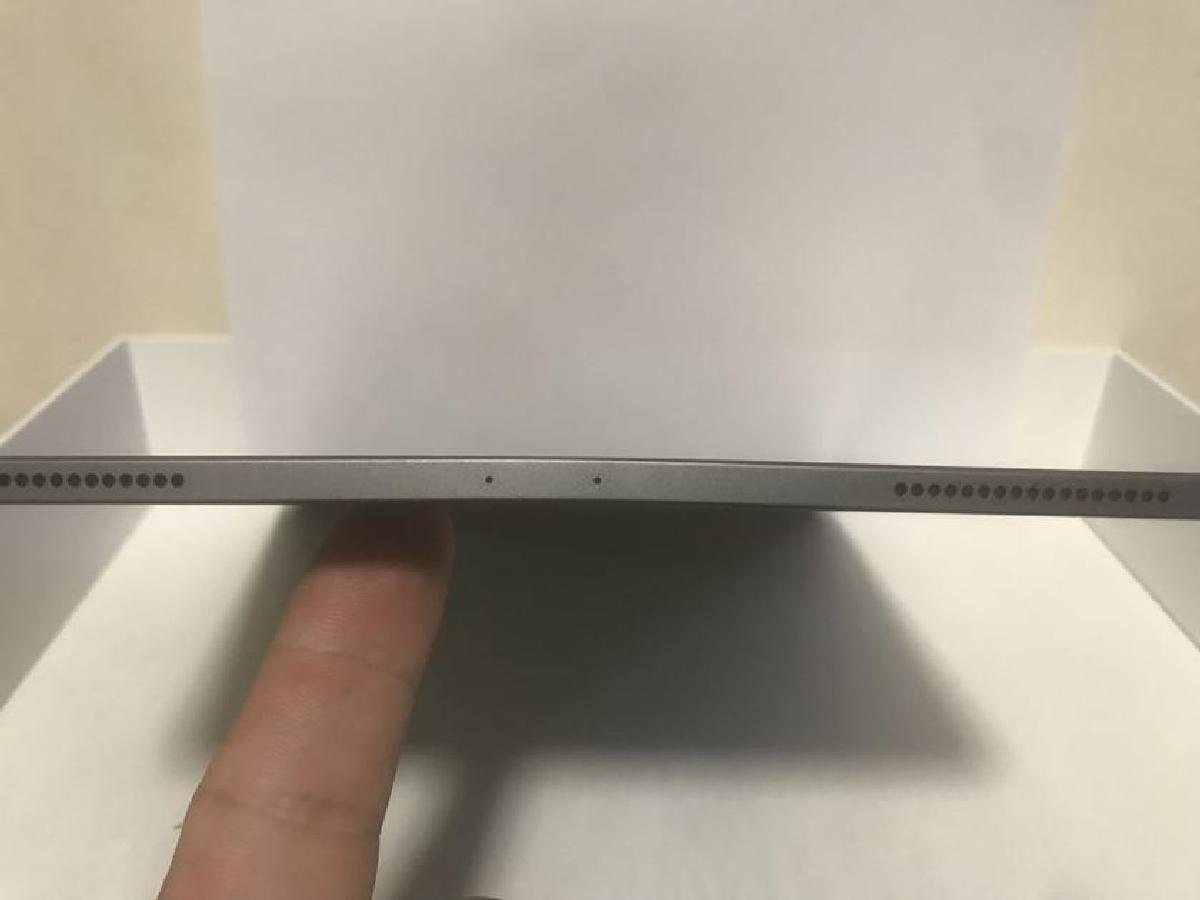 Корпус планшета может гнуться даже при обычном использовании