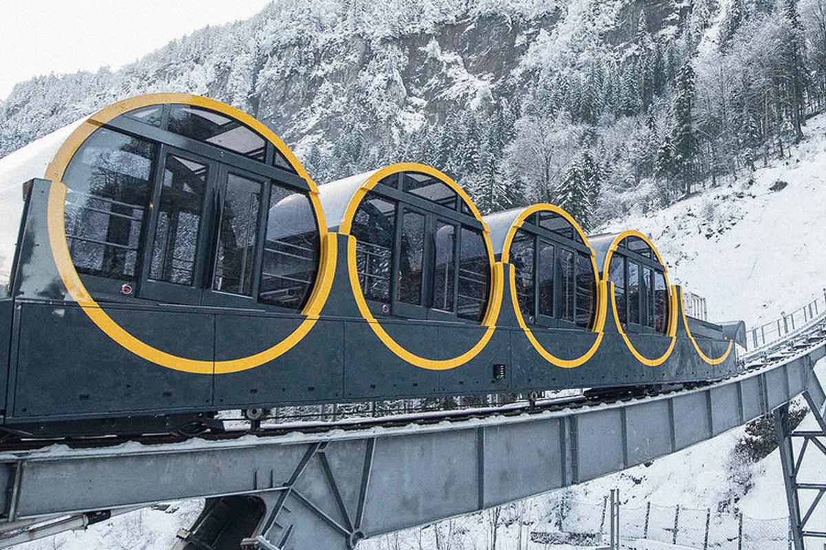 Необычная кабина в Швейцарии