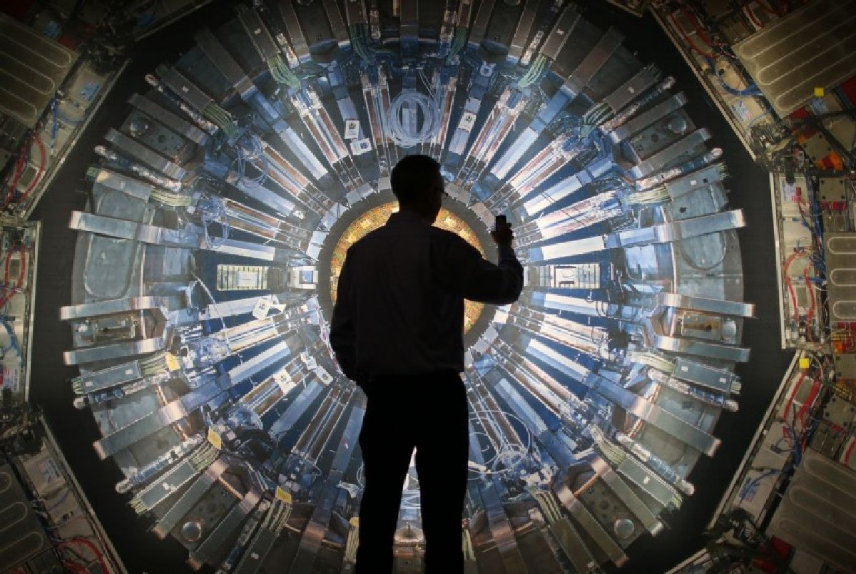 Коллайдер оснастят около 130 новыми сверхпроводящими магнитами