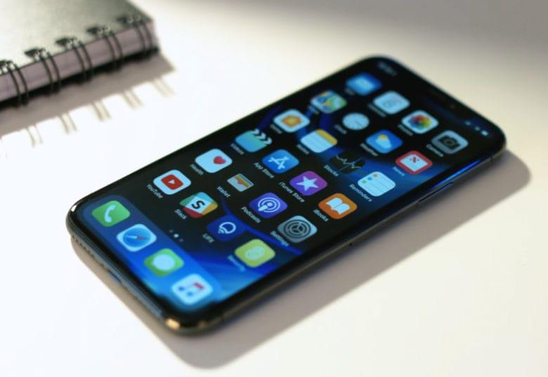 Возможный вид iPhone в 2019 году