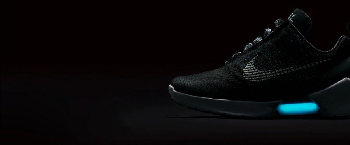 Идея создания таких кроссовок появилась еще в 2011 году