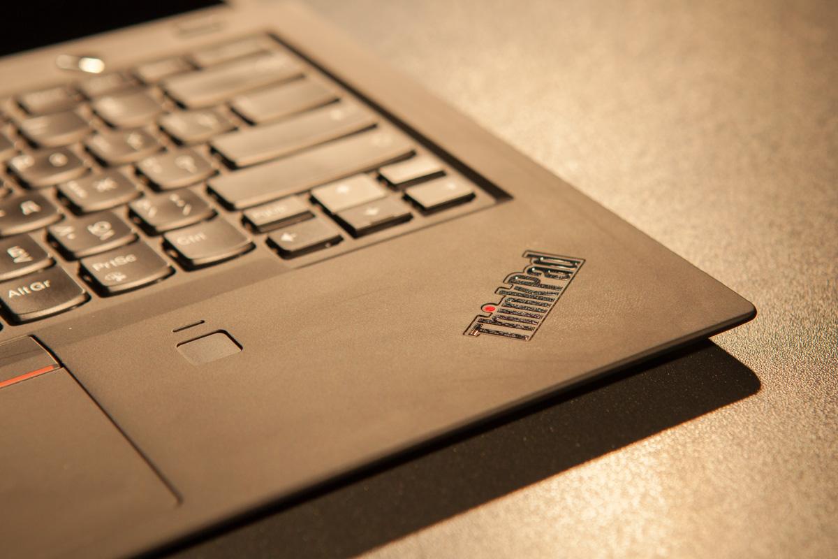Сканер отпечатков пальцев по технологии Match-on-chip для более надежной защиты