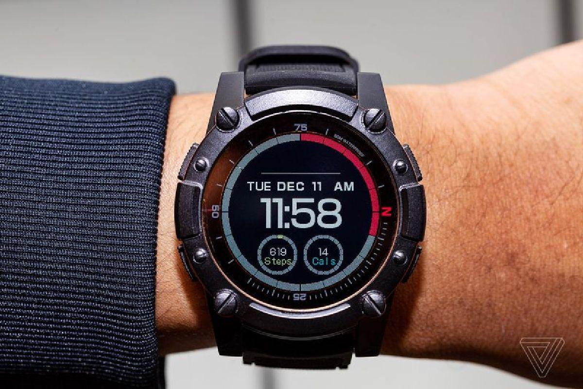 Главной особенностью часов является способность заряжаться от тепла человеческого тела и солнца