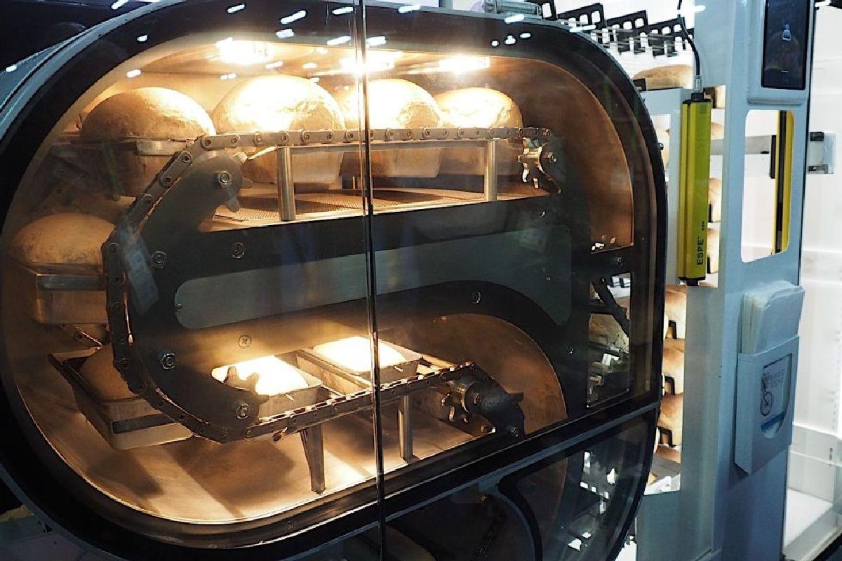 Breadbot готовит новую буханку свежего хлеба каждые 6 минут