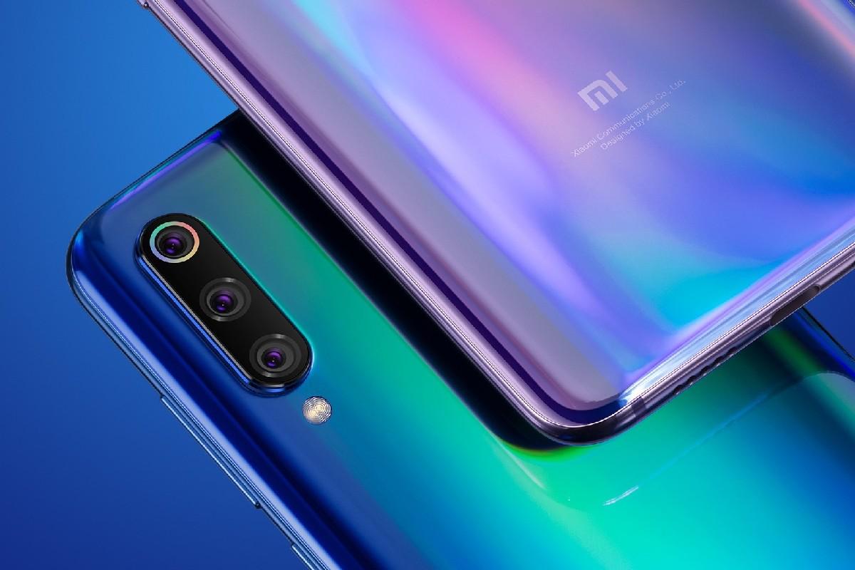 Xiaomi Mi 9 будет поставляться в трех цветах — обычном Piano Black и двух градиентных Lavender Violet и Ocean Blue