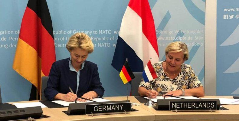 Правительственные чиновники из Германии и Нидерландов подписали соглашение о создании первого в истории совместного военного интернета