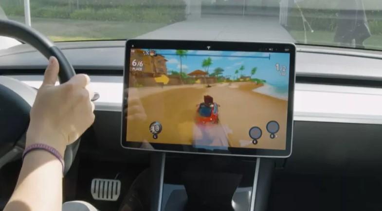 Вот так выглядит игра Beach Buggy Racing 2 на Tesla