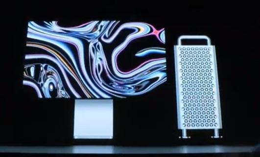 Фото с презентацией нового Mac Pro и его экрана