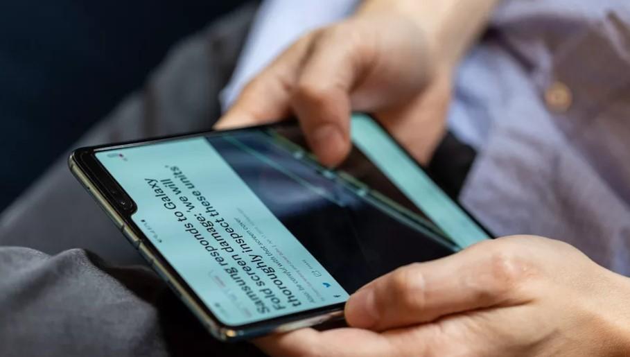 Samsung поспешил выпустить складной смартфон Galaxy Fold
