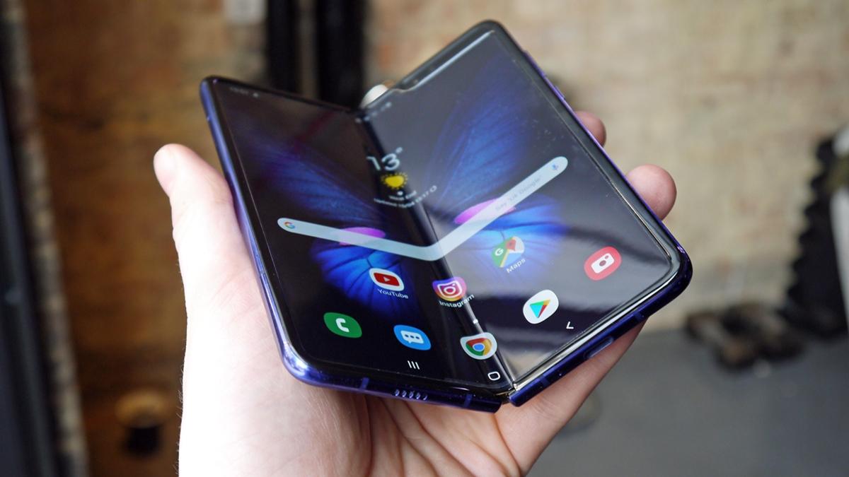 Производители Galaxy Fold 2 учли недостатки предыдущей модели
