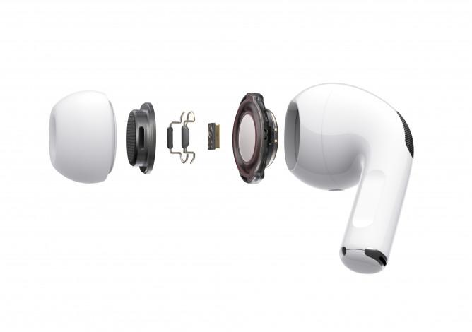 Apple официально представила вакуумные наушники AirPods Pro