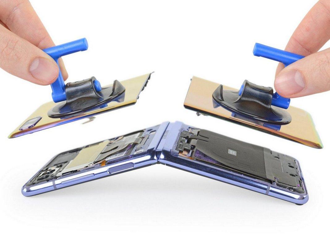 Специалисты iFixit разобрали смартфон Samsung Galaxy Z Flip