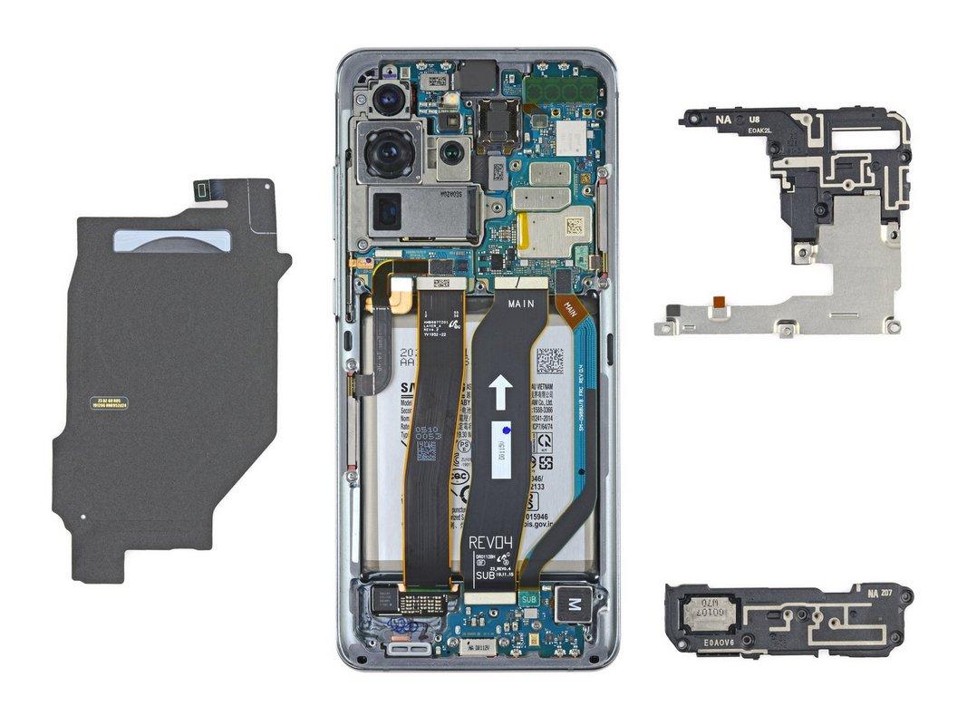 Большинство компонентов смартфона - модульные