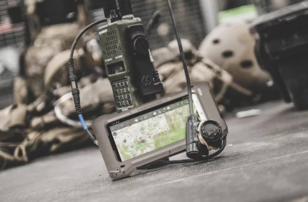 Несмотря на грандиозный военный брендинг, S20 Tactical Edition - это просто обычный телефон S20 с некоторыми дополнительными программными функциями