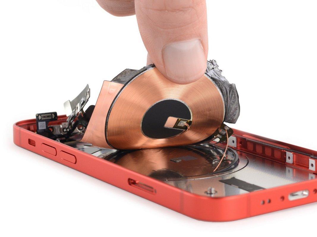 Ремонтопригодность iPhone 12 mini эксперты iFixit оценили в 6 баллов из 10 максимальных по фирменной шкале iFixit