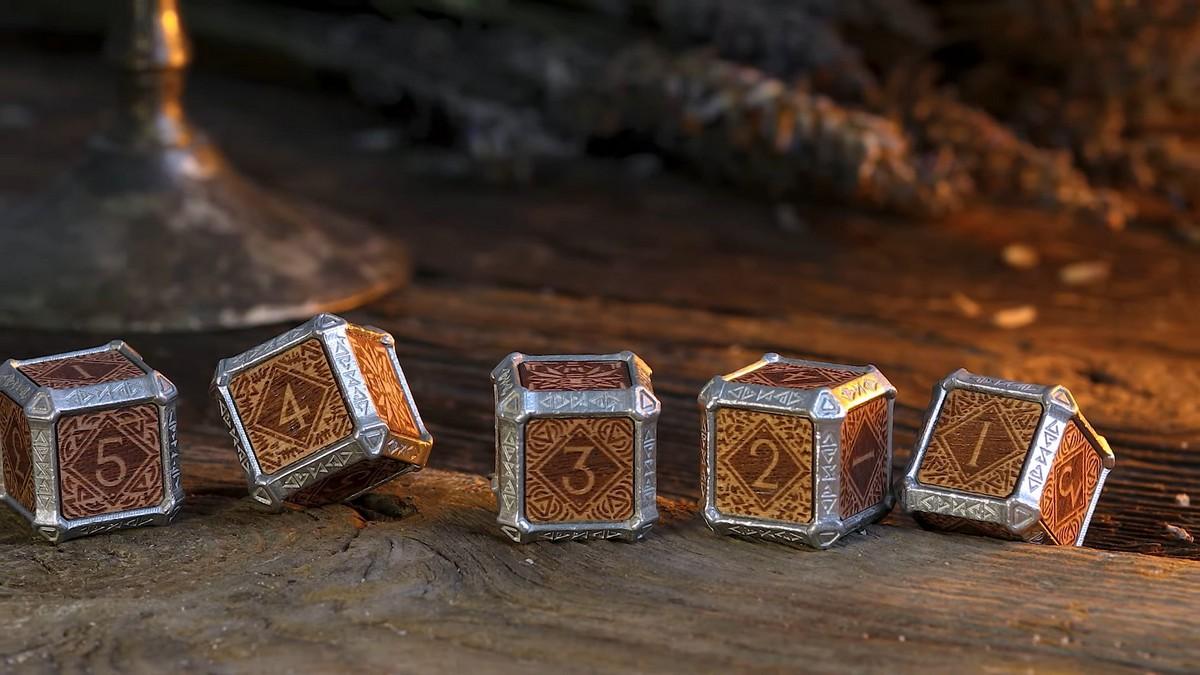 Игральные кости в стиле The Witcher собрали на Kickstarter $160 тысяч за сутки